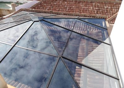 Techo de vidrio en el Puerto de la Cruz, Tenerife